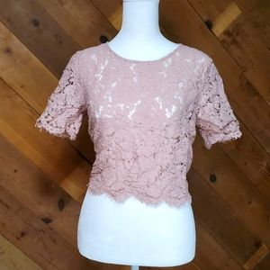 Forever 21 Cropped Lace Unlined Shirt